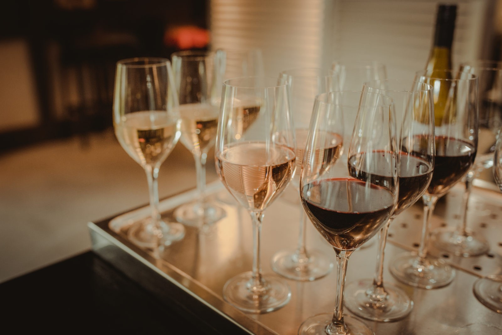Wijntjes op de bar Welgelegen Groenlo